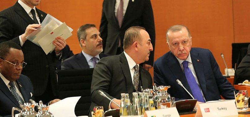 Bakan Mevlüt Çavuşoğlu Davos'a gidecek