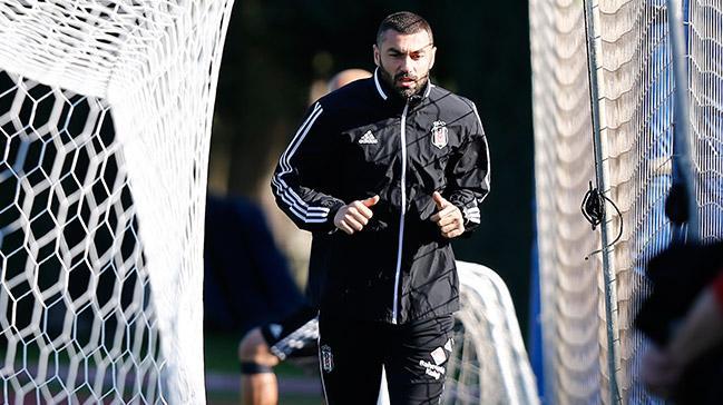 Beşiktaş'ın golcüsü Burak Yılmaz son 4 haftayı boş geçti