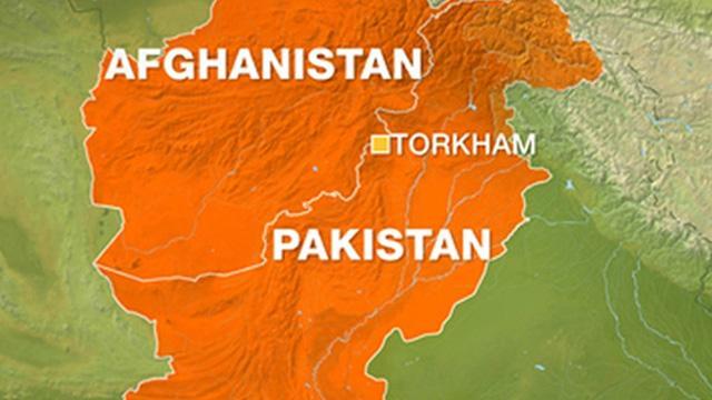 Pakistan Afganistan sınırını hedef aldı: 200 roket fırlatıldı