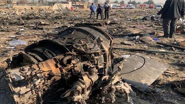 İran, Tahran  üzerinde düşürülen Ukrayna uçağının iki füzeyle vurulduğunu doğruladı