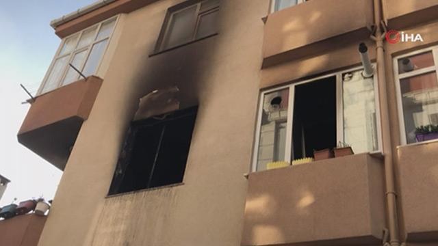 İstanbul Büyükçekmece'de bir evde patlama yaşandı