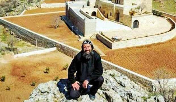 PKK'lı teröristlerin inlerinden çıkan günlük Rahip Sefer Bileçen'i ele verdi!