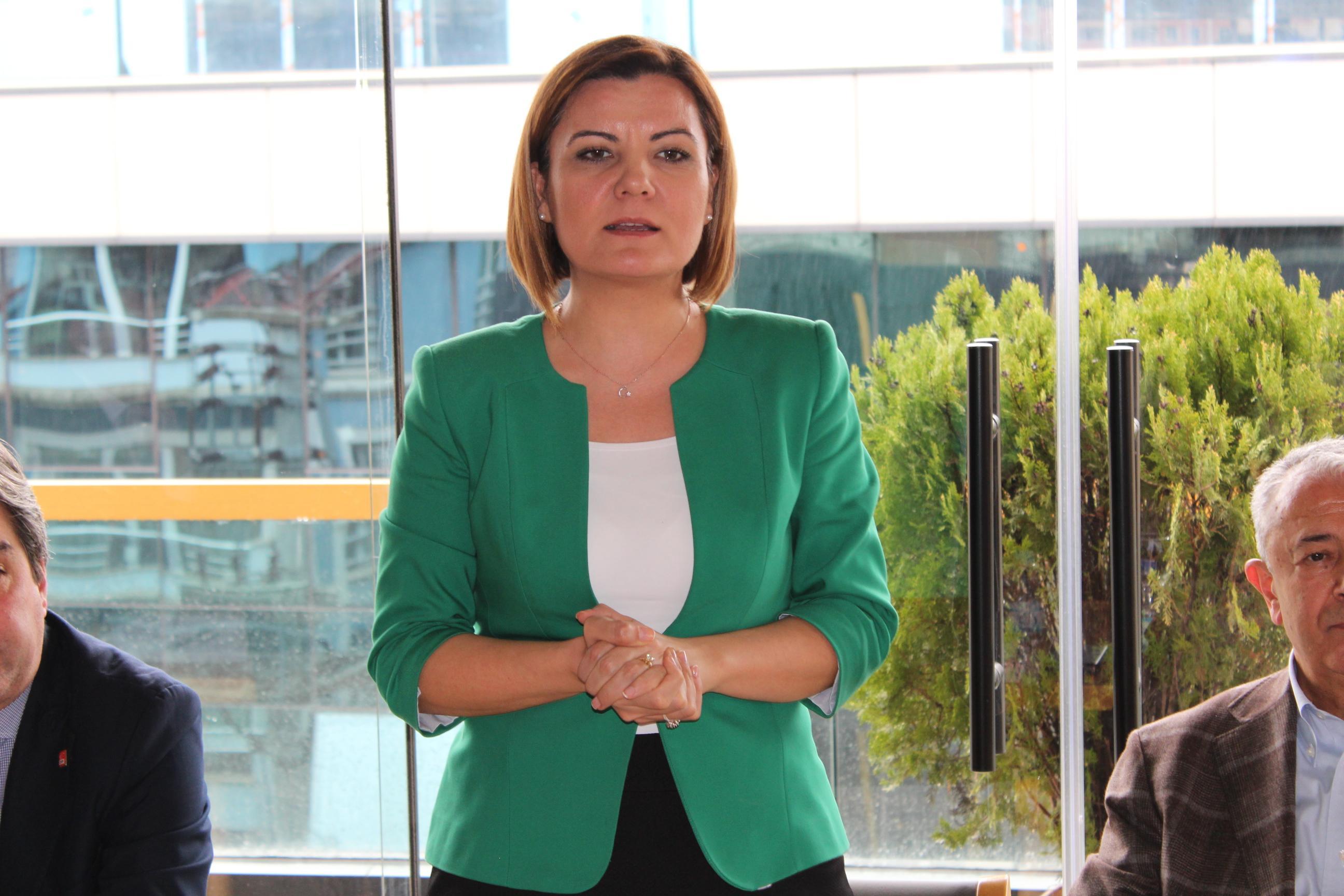 CHP'li Başkan Fatma Hürriyet Kaplan'dan kadın işçi kıyımı!