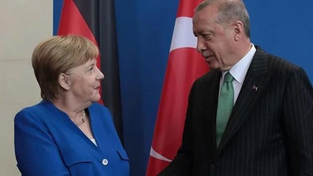 Angela Merkel yarın Türkiye'ye geliyor