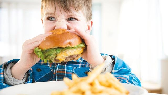 Çocukları obeziteden koruyan 7 altın kural