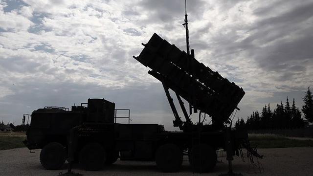 ABD'de Irak'taki üslerini korumak için Patriot sistemi kuruyor