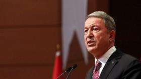 Bakan Akar: Yunanistan, uluslararası hukuka uygun  davranmalı