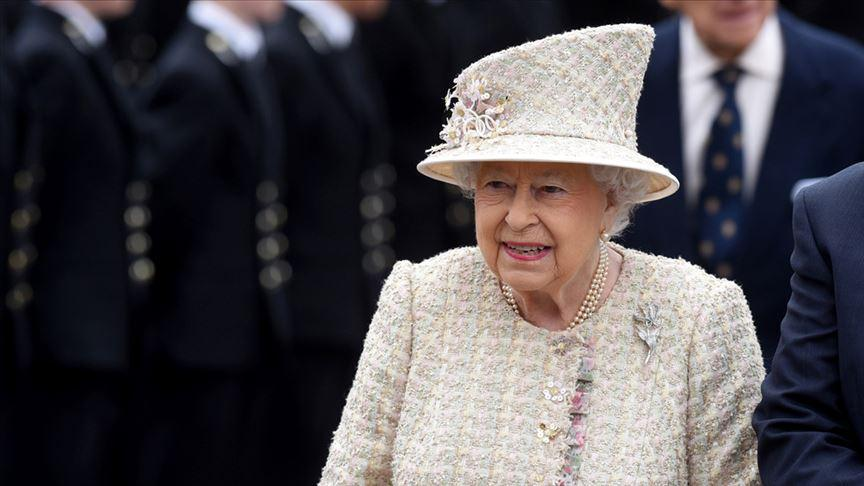 Kraliçe 2. Elizabeth Brexit yasasına onay verdi