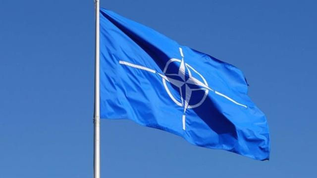 NATO: Irak güçlerini eğitme görevini sürdüreceğiz