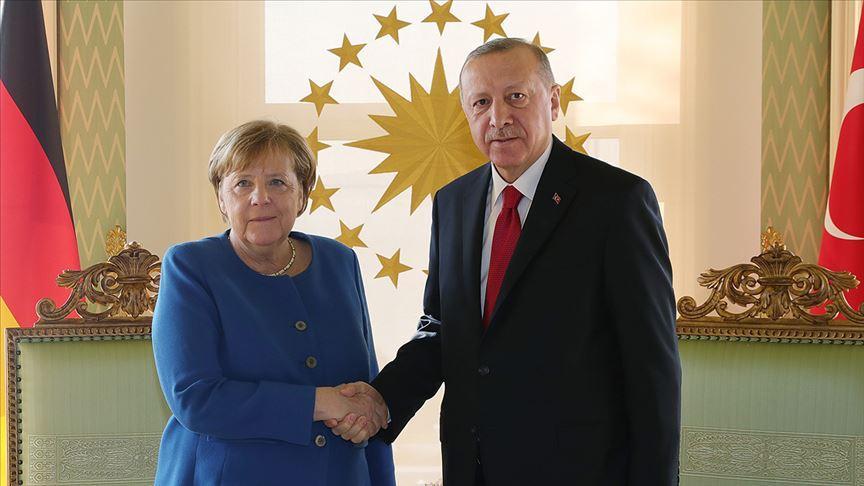Cumhurbaşkanı Erdoğan ile Almanya Başbakanı Merkel'in görüşmesi başladı