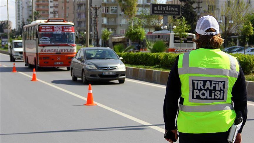 Ülke genelindeki denetimde 300 şehir içi toplu taşıma aracı trafikten men edildi