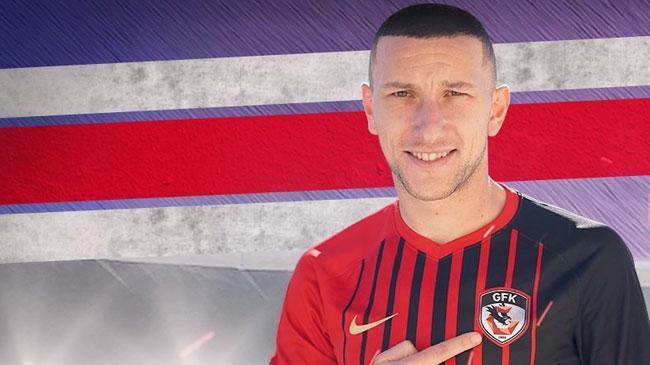 Gaziantep FK, orta saha oyuncusu Andre Sousa'yı transfer ettiğini açıkladı