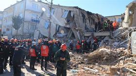 640 artçı deprem!