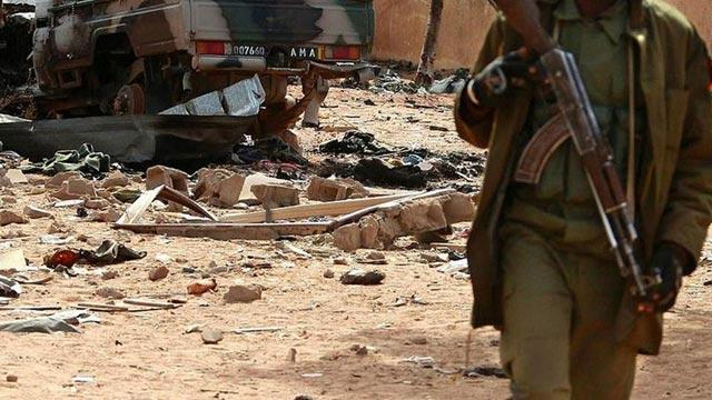 Mali'de askeri kampa terör saldırısı! 20 kişi yaşamını yitirdi