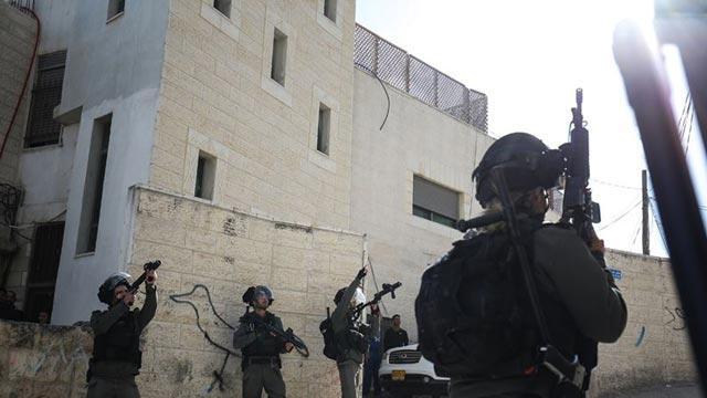 İsrail güçleri geçen yıl 2 Filistinli öğrenciyi öldürdü, 161'ini gözaltına aldı