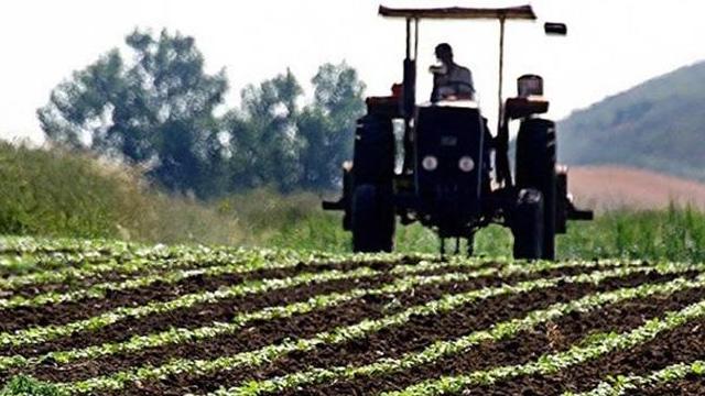 Depremden etkilenen Elazığ ve Malatya'daki çiftçilere 33,3 milyon liralık destek