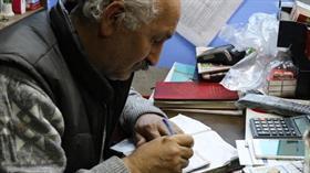 'Robin Hood' Zonguldak'ta görüldü: Durumu kötü olan 3 kişinin toplamda bin TL borcunu ödedi