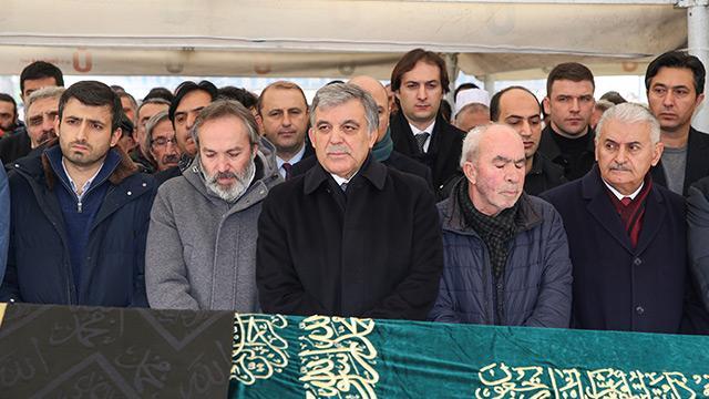 Şehit Erol Olçok'un vefat eden annesi son yolculuğuna uğurlandı