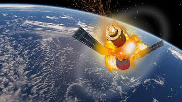 Yetkililer uyardı: Perşembe günü iki uydu birbiriyle çarpışabilir