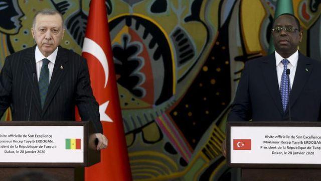 Başkan Erdoğan, Senegal'de: Hafter, Kaddafi'ye de ihanet etmişti
