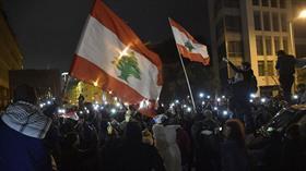 Lübnan'da yeni hükümete karşı gösteriler sürüyor