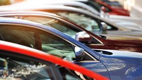 Sıfır otomobil fiyatları uçuşa geçti, ticari satışlar umut verdi