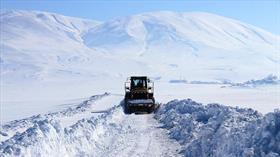 Ağrı'da 30 bin kilometre karlı yol ulaşıma açıldı