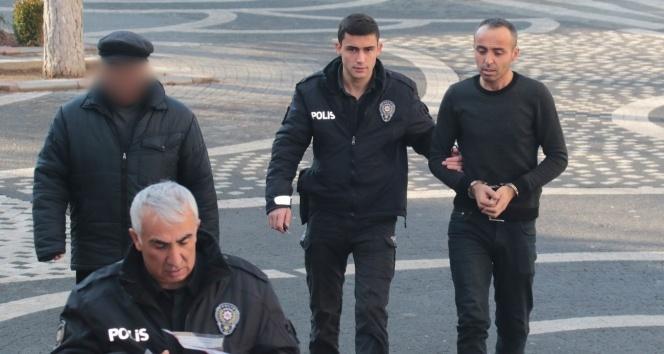 Eski karısını bıçaklayan şahıs tutuklandı