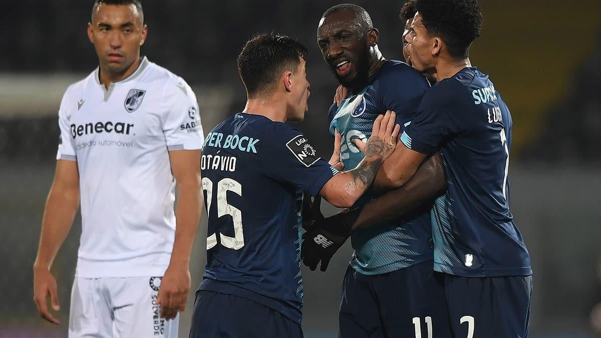 Irkçılığa tepki gösteren Porto'nun Malili futbolcusu Moussa Marega sahayı terk etti