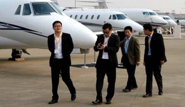 Çin'de yeni kriz! Uçuş personeli bulunamıyor
