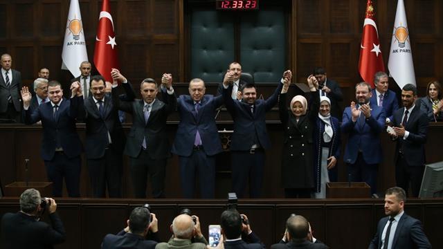 5 belediye başkanı daha AK Parti'ye geçti