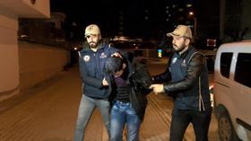 DEAŞ'ın infaz videolarında yer almıştı! Sözde komutanın eşi ve oğlu da yakalandı