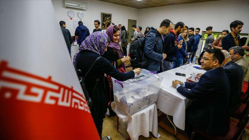 """İran """"rejime güven oylaması"""" seçimine gidiyor"""
