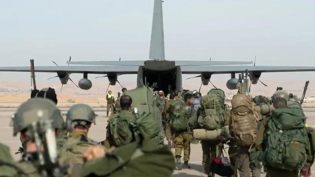 Doğu Akdeniz'de neler oluyor! ABD, tam techizatlı 500 askerini Güney Kıbrıs'a indirdi