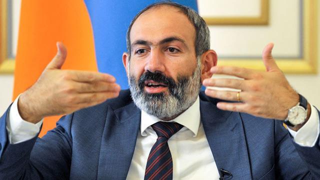 Ermenistan Başbakanı Paşinyan ülkesinde madara oldu