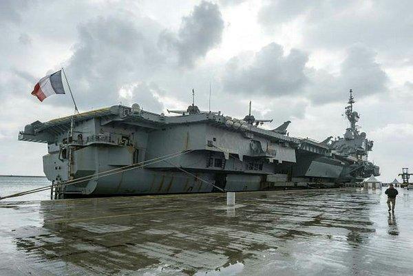 Fransa savaş gemisini Kıbrıs'a gönderdi, ABD üs inşa etmeye başladı! Anastasiadis'ten Türkiye'ye küstah ithamlar
