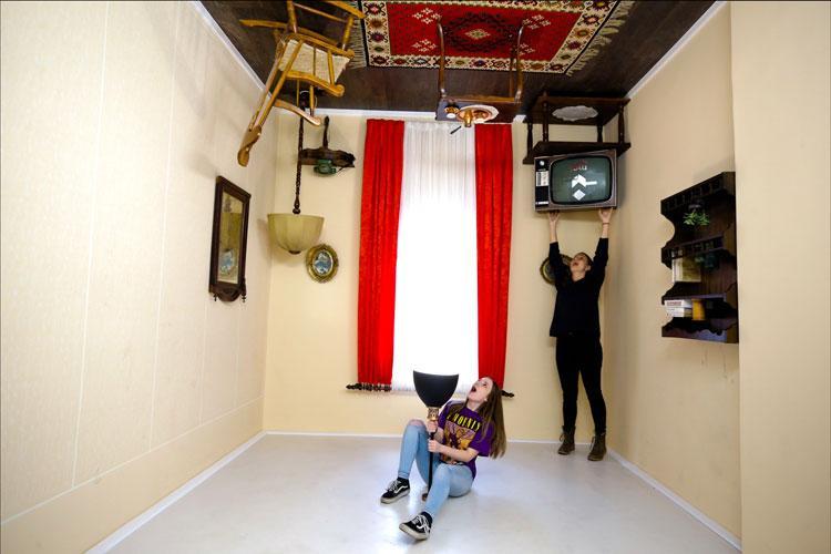 Saraybosna'nın ilk illüzyon müzesi sıra dışı yapısıyla ilgi odağı oldu