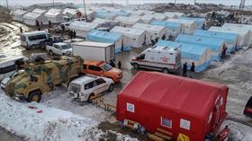 Devletin imkanları Başkale'de depremzedeler için seferber edildi