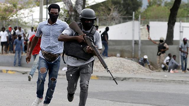 Haiti'de polisle askerler arasında çıkan çatışmada 2 kişi öldü