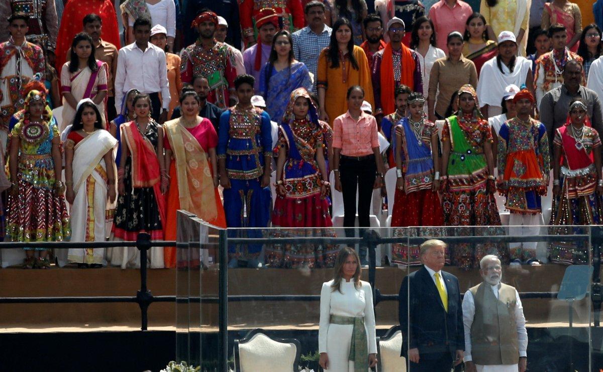 ABD Başkanı Trump'a Hindistan'da kurşun geçirmez camlı önlem