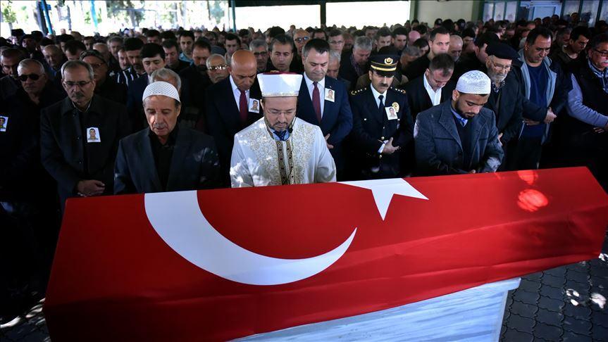 Cesedi KKTC sahilinde bulunan bekçi, Mersin'de son yolculuğuna uğurlandı