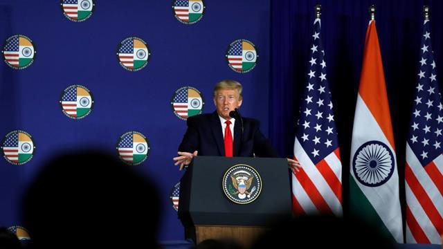 Trump'tan zaman ayarlı 'Koronavirüs' açıklaması: Çok yakında...