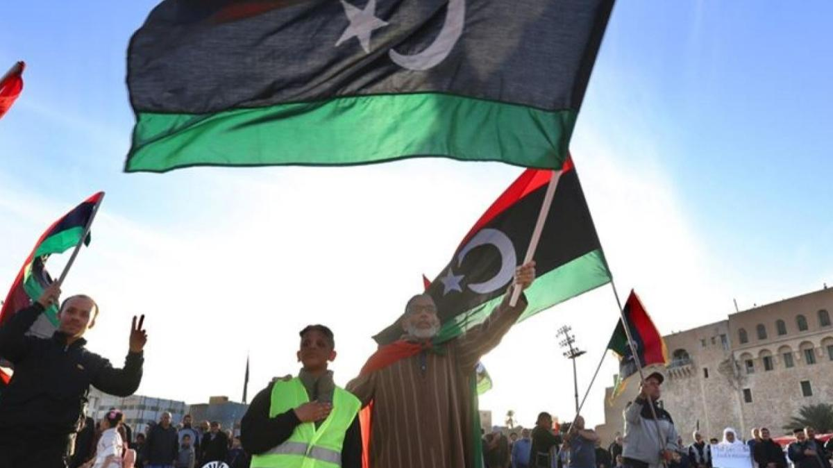 Libyalılar, Tacura kentinde devrimin 9. yıl dönümünü kutladı