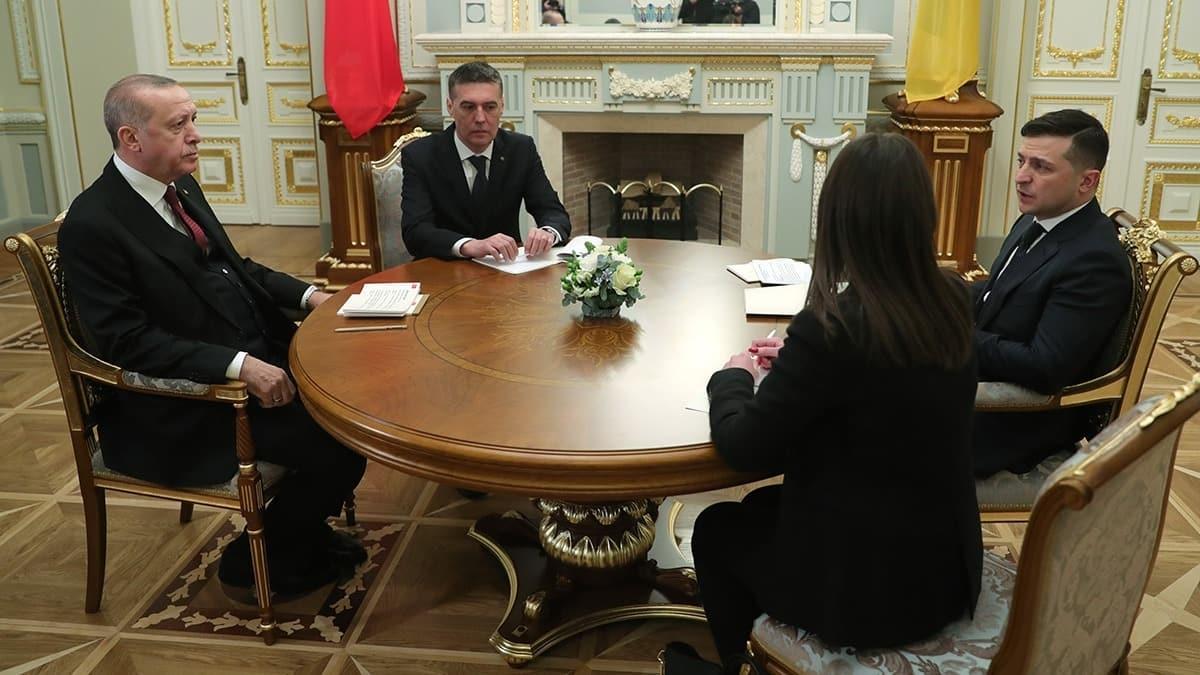 Zelenski: Konut inşası için Türk yetkililer Ukrayna'ya gidiyor