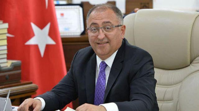 İçişleri Bakanlığı: Yalova Belediye Başkanı Vefa Salman, görevden uzaklaştırıldı