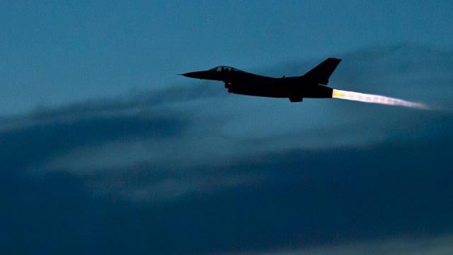 Diyarbakır'da 'İdlib' hareketliliği! F-16'lar havalandı