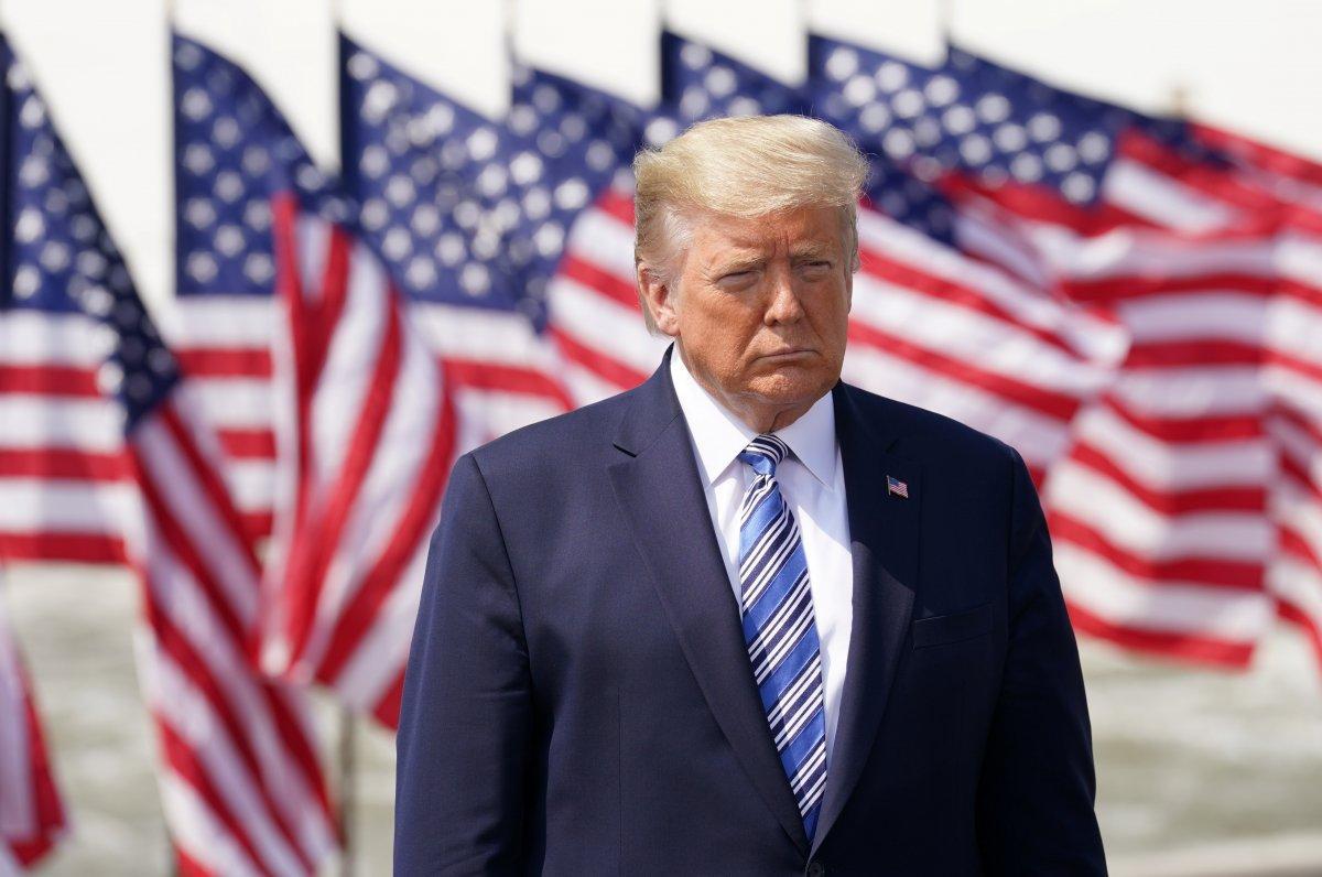 Trump, 19 gün sonra ilk kez Beyaz Saray'dan dışarı çıktı