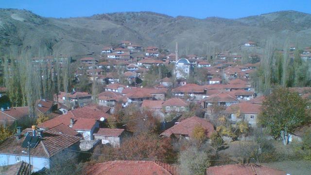 Yozgat'ta Derbent köyü koronavirüse karşı karantinaya alındı