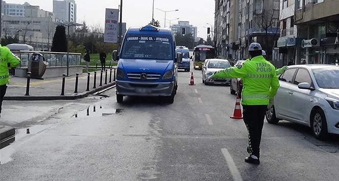 İstanbul'da korona virüs yasaklarını ihlal eden 597 kişiye ceza yağdı