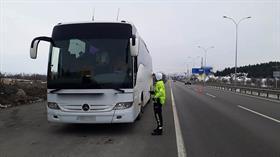 İzin belgeleri bulunmayan otobüsler geri gönderildi